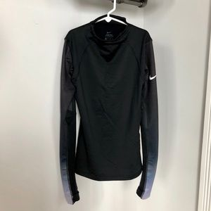 NIKE PRO HYPERWARM Long Sleeve Workout Shirt